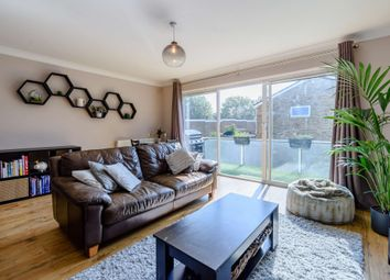 Tandridge Drive, Orpington BR6. 2 bed mews house