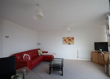 Thumbnail 1 bedroom flat to rent in Peascod Street, Windsor