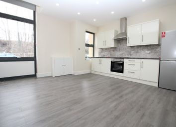 2 bed maisonette to rent in Nightingale Grove, Lewisham SE13