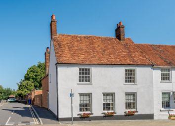 High Street, Odiham, Hook, Hampshire RG29. 3 bed end terrace house