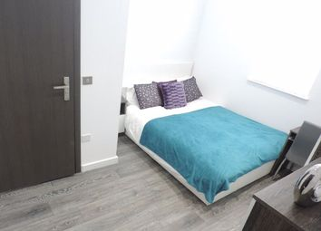 Thumbnail Room to rent in Rm 3, Flat 9, Priestgate Peterborough