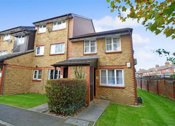 Thumbnail 1 bedroom maisonette for sale in Cygnet Close, London