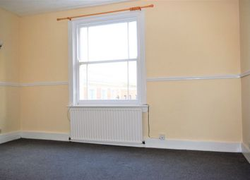 Thumbnail 2 bedroom flat to rent in Princes Street, Gravesend