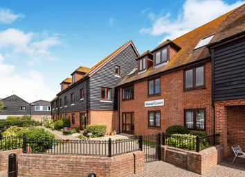 Strand Quay, Rye, East Sussex TN31. 1 bed flat for sale