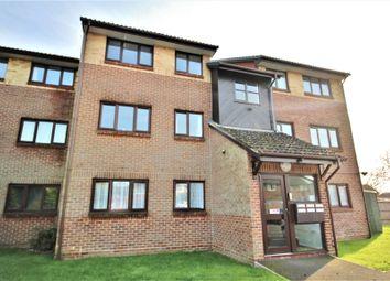 Thumbnail 2 bedroom flat to rent in Woodrush Crescent, Locks Heath, Southampton, Hampshire