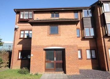 Thumbnail 1 bed flat to rent in Quincy Road, Egham, Surrey
