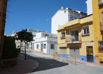 Thumbnail Retail premises for sale in Marbella, Málaga, Spain