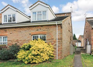 Thumbnail 1 bed town house to rent in Hunters Close, Tring