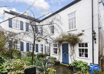 3 bed detached house for sale in Wellington Gardens, London SE7
