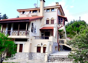 Thumbnail Chalet for sale in Arachova, Phocis, Continental Greece