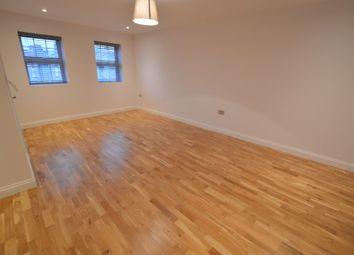 High Road, Chadwell Heath RM6. Studio to rent