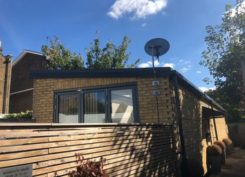 Thumbnail 2 bed mews house to rent in Barmouth Road, Wandsworth