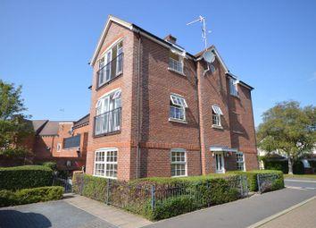 Cruickshank Drive, Wendover, Aylesbury HP22. 2 bed flat for sale