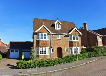 Thumbnail 6 bed detached house to rent in Kingsley Square, Elvetham Heath, Fleet