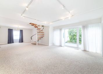 3 bed property to rent in Quickswood, Primrose Hill, London NW3