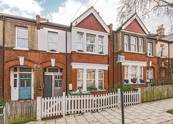 3 bed flat for sale in Casewick Road, London SE27