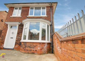Thumbnail 2 bed flat to rent in Co-Op Villa, First Floor Flat, Bloomhill Road, Moorends, Doncaster
