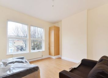 Thumbnail 2 bedroom flat to rent in Borthwick Road, Stratford