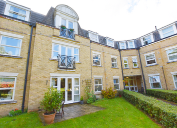 Thumbnail 2 bed flat for sale in 6, Wildwood Court, Chorleywood, Hertfordshire