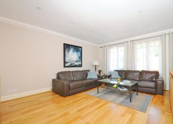 Thumbnail 2 bed flat to rent in East Twickenham, Middlesex