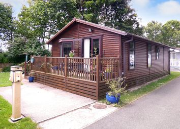 Thumbnail 2 bed mobile/park home for sale in Marina View, Ferry Road, Littlehampton