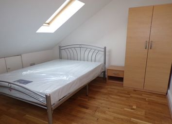 Thumbnail Room to rent in 7 Cecil Avenue, Barking