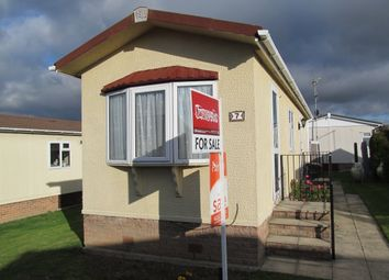 Thumbnail 1 bed mobile/park home for sale in Central Avenue, Tower Park, Pooles Lane, Hullbridge, Hockley, Essex