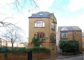 3 Bedrooms Detached house to rent in Wapping High Street, London E1W