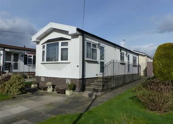 Thumbnail 2 bed mobile/park home for sale in Warrington Road, Bartington, Northwich, Cheshire