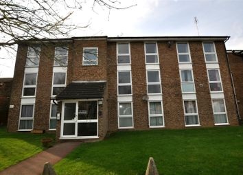 Thumbnail 2 bed flat to rent in Wyedale, London Colney, St.Albans