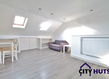 Thumbnail 2 bed flat to rent in Wightman Road, London