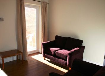 Thumbnail 2 bedroom terraced house to rent in Dover Street, Reading