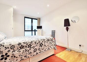 Thumbnail 1 bed flat to rent in Scrutton Street, Liverpool Street / Old Street