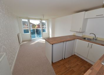 Thumbnail 2 bedroom flat to rent in Millbrook Road East, Southampton