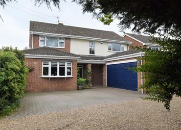Thumbnail Detached house for sale in The Avenue, Mortimer, Berkshire