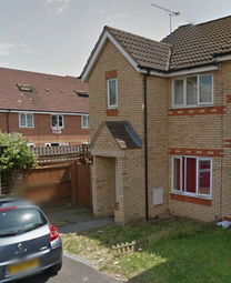 Thumbnail 3 bed end terrace house to rent in Dunraven Avenue, Luton
