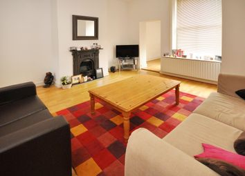 Thumbnail 2 bedroom flat to rent in Dyne Road, London