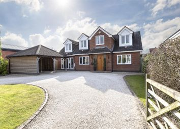 Thumbnail 4 bed detached house for sale in Kenilworth Road, Cubbington, Leamington Spa