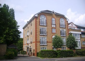 Thumbnail 1 bed flat to rent in Park Hill Road, Croydon