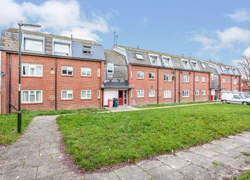 Salvington Road, Bewbush, Crawley RH11. 2 bed flat for sale