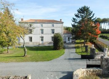 Thumbnail 4 bed equestrian property for sale in Niort, Deux-Sèvres, France