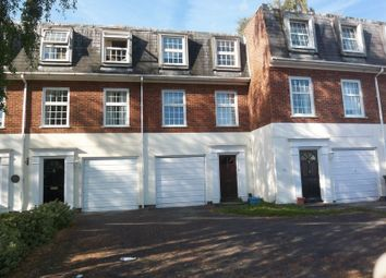 Thumbnail 5 bed town house to rent in Victoria Street, Englefield Green, Egham