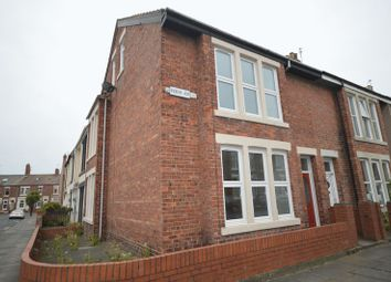 Thumbnail 4 bed terraced house for sale in Fern Avenue, Whitley Bay