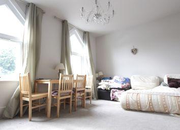 Thumbnail 3 bed flat to rent in Glenthorne Road, Friern Barnet, Friern Barnet