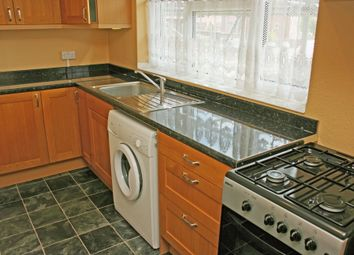 Thumbnail 1 bed flat to rent in Hanover Way, Windsor