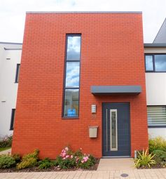 Thumbnail 2 bed flat to rent in Exeter Road, Topsham, Exeter