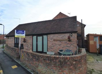 Thumbnail 2 bed bungalow for sale in Old Market Bungalow, 13 Severn Drive, Upton Upon Severn, Worcestershire