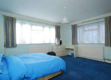 Thumbnail 4 bedroom property for sale in Mount Park Road, Ealing