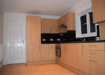 Thumbnail 2 bed maisonette to rent in Blandfield Road, Clapham