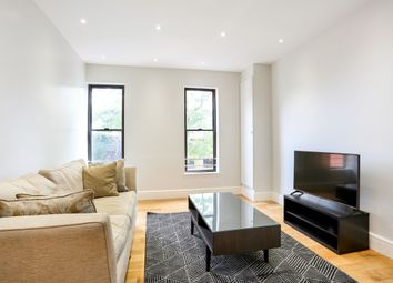 Thumbnail 1 bed flat to rent in Clewer Hill Road Berkshire, Windsor